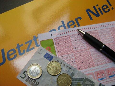 Lotteriegewinn Steuern